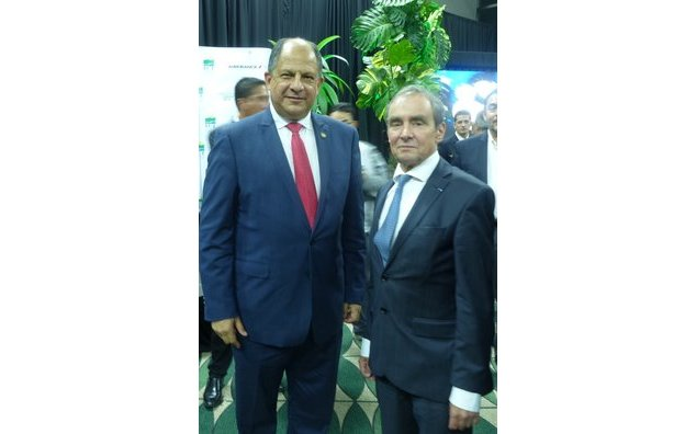 Luis Guillermo Solís y Thierry Vankerk-Hoven
